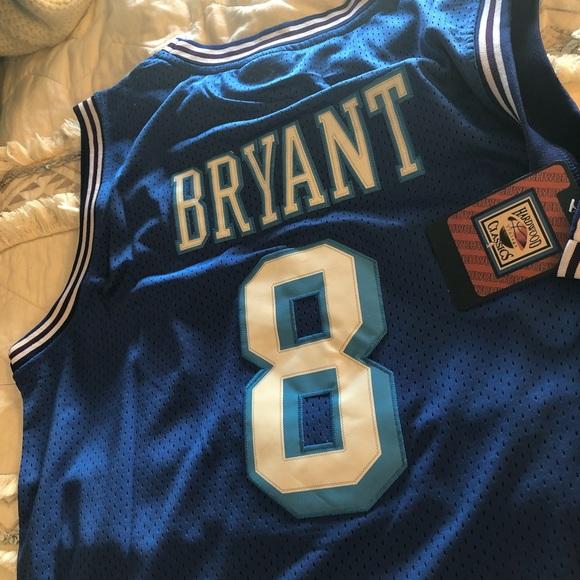 77bff4d34950 Kobe Bryant Retro Los Angeles Lakers  8 Jersey